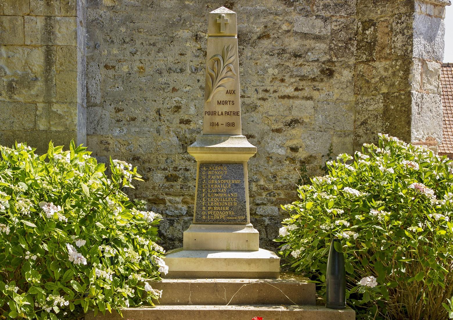 Surville_monument_aux_morts_2